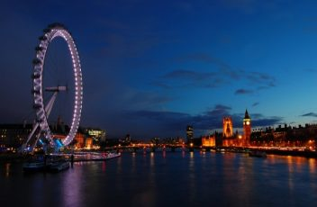 London-Eye-and-city-of-London